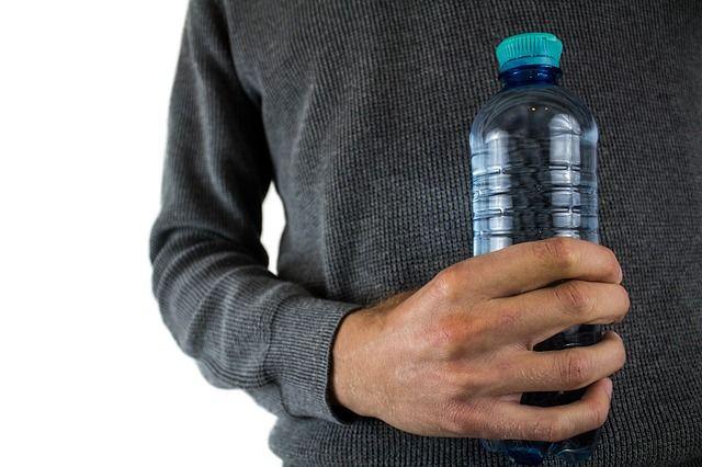 impacto ambiental botellas de plastico