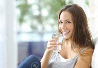 beneficios de beber suficiente agua