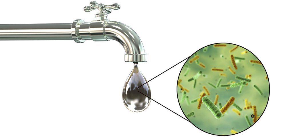 gota de agua contaminada