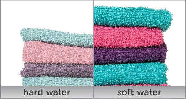 daño del agua dura en la ropa
